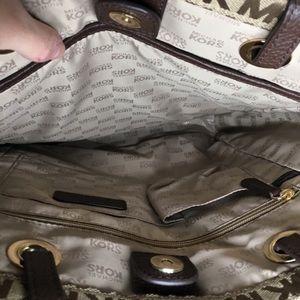 MICHAEL Michael Kors Bags - NWT. Michael Michael Kors Jet Set Purse